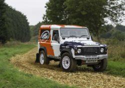Land Rover Defendfer Challenge