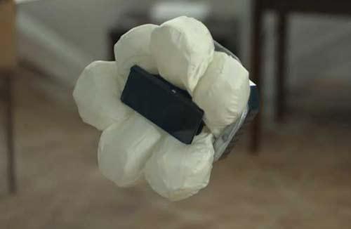 Подушка безопасности для смартфона