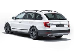 2014 Skoda Superb Combi Outdoor