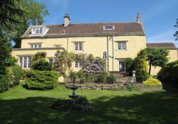 Дом, в котором провел детство ведущий Top Gear Джереми Кларксон