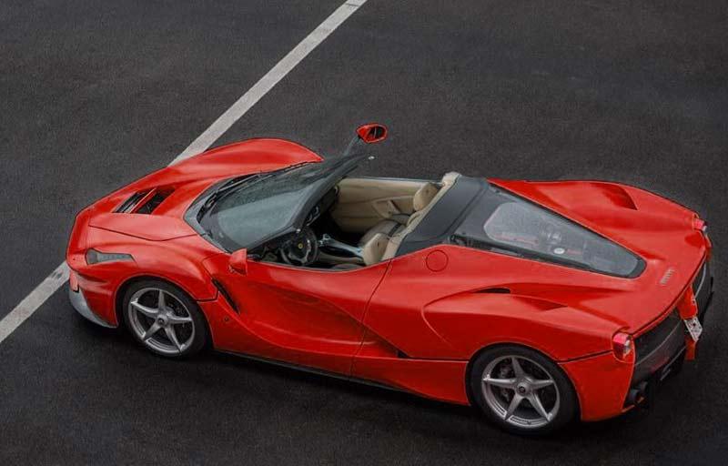 Ferrari LaFerrari Spider (предварительное изображение)