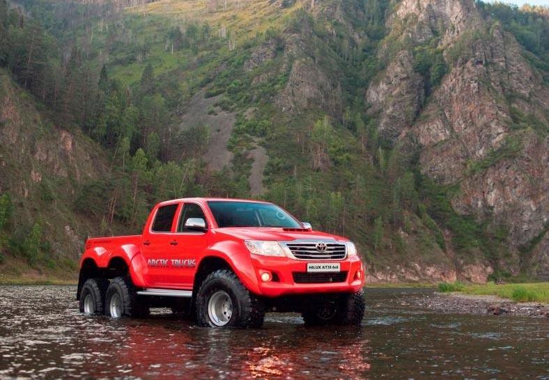 Arctic Trucks Hilux AT38 6X6