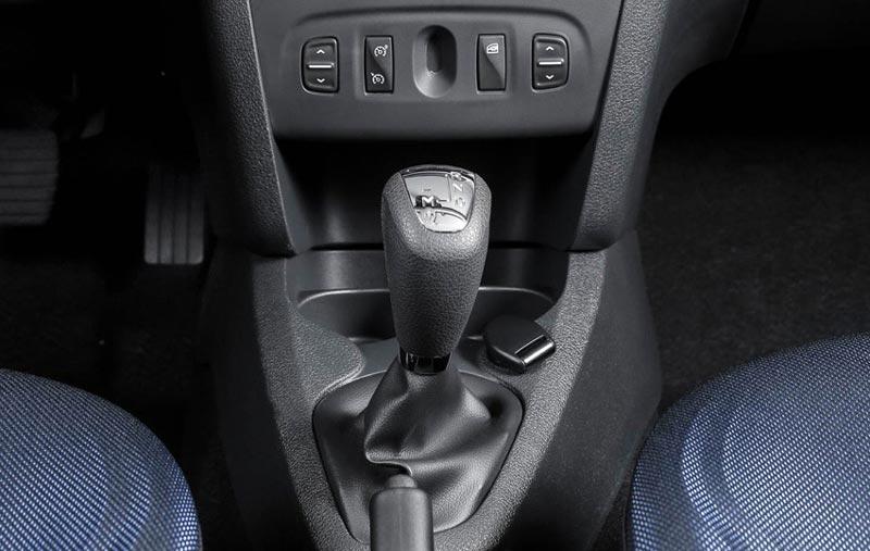 переключение передач на автомате renault sandero