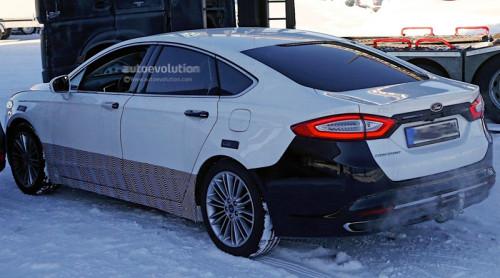 2017 Ford Mondeo (шпионское фото)