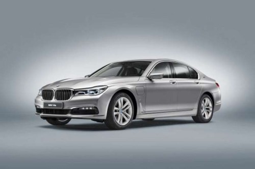 2017 BMW 740e iPerformance