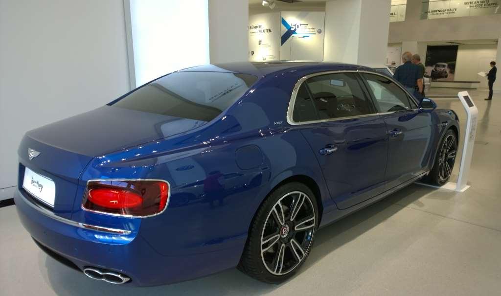 Bentley Flying Spur 2016, VW forum DRIVE, Берлин