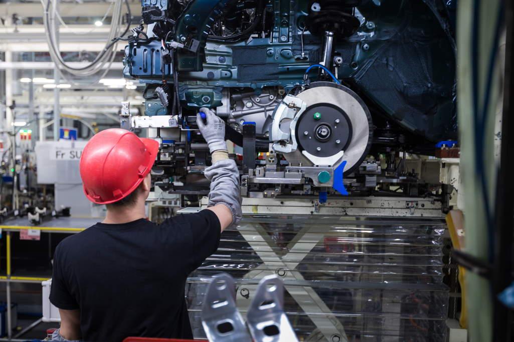 Производство Toyota RAV4 пятого поколения в Санкт-Петербурге