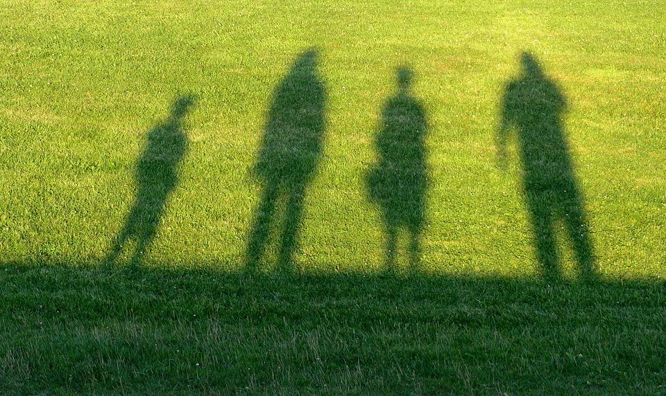 Папа, мама и я - семья