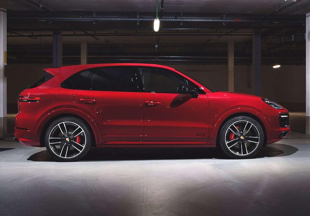 2020 Porsche Cayenne GTS