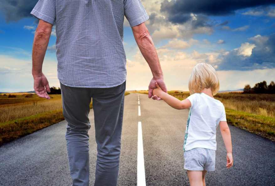 Отец и дочь (семья)