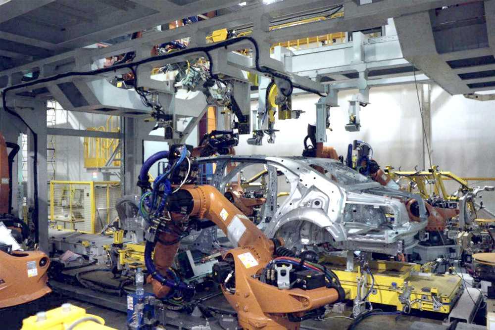 Сборка серийного Aurus Senat на заводе Sollers в Елабуге
