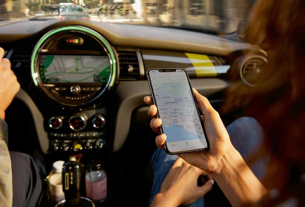 Мобильное приложение MINI