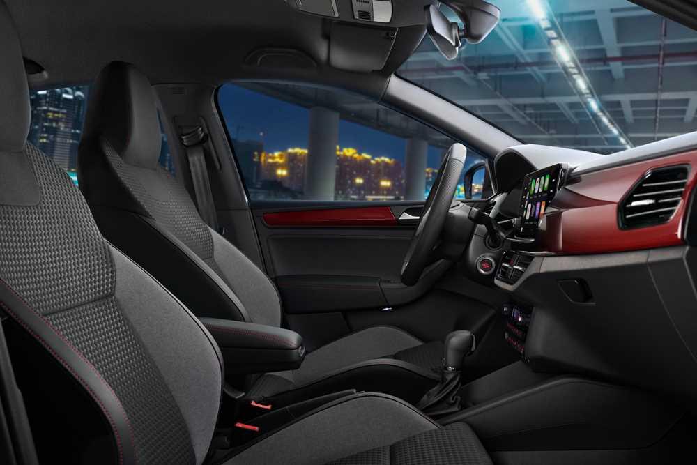 2021 Volkswagen Polo с пакетом Спорт