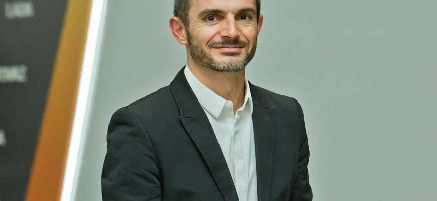 Жан-Филипп Салар, вице-президент АВТОВАЗа и директор по дизайну автомобилей Lada