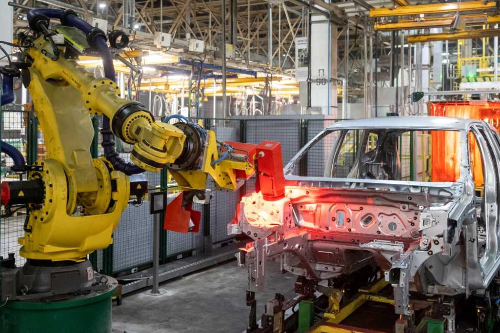 Производство Renault Duster 2021 на заводе Renault Россия в Москве