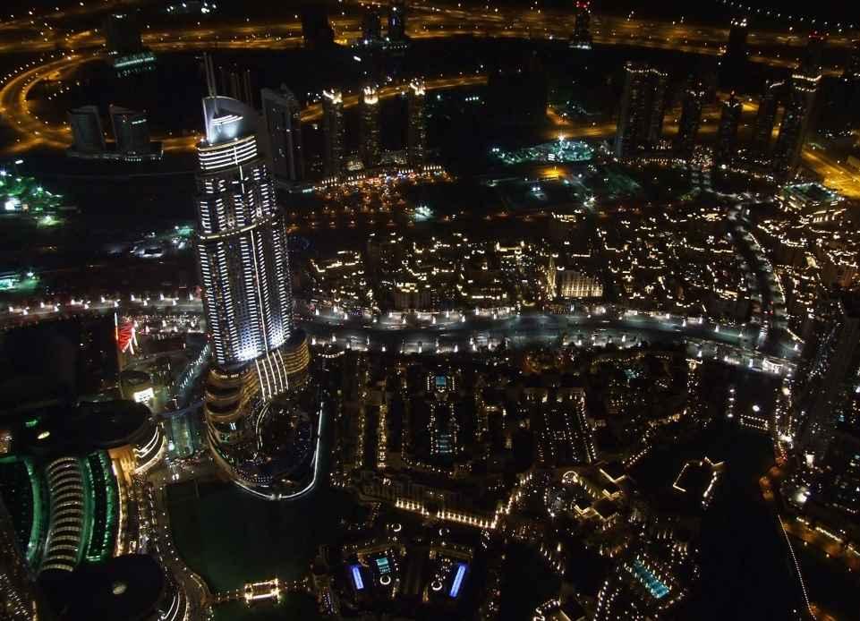Дубай (мегаполис, ночь)