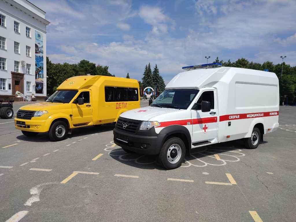 Скорая помощь и школьный автобус на базе УАЗ