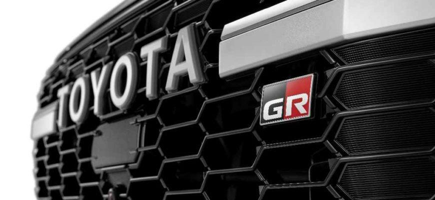 2022 Toyota Land Cruiser 300 GR Sport