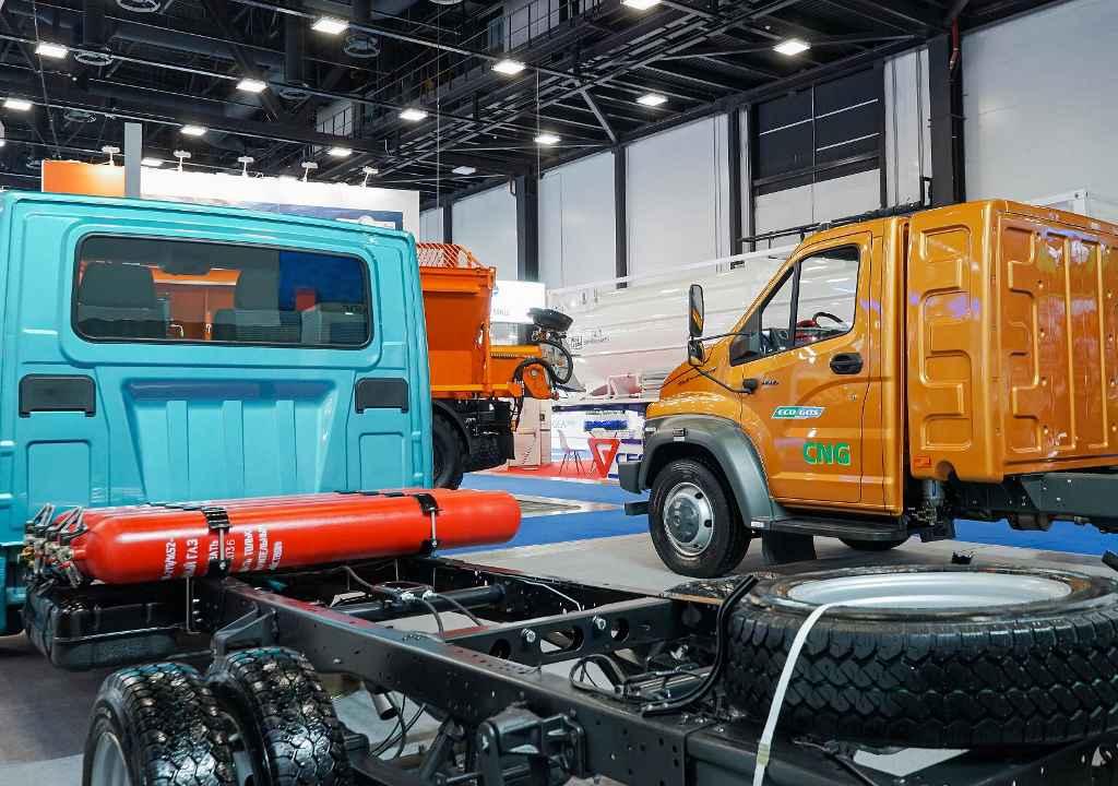 Автомобили ГАЗ на газе: «ГАЗель NN CNG» и «ГАЗон NEXT CNG 10 тонн».